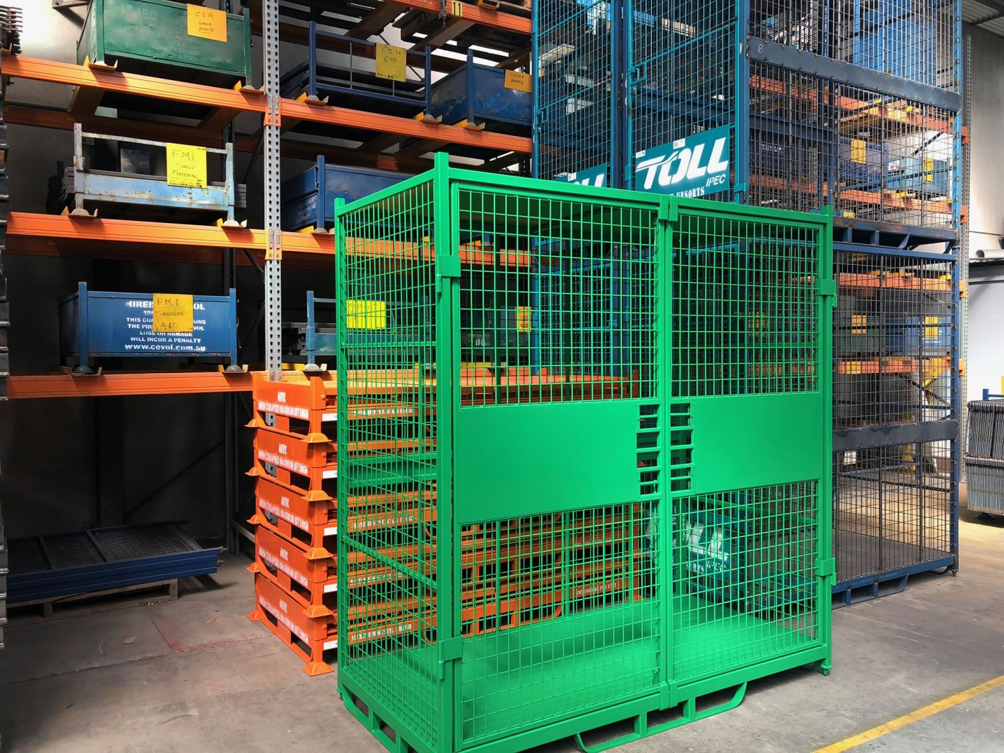 Custom Security Wire Steel Cages for commercial use